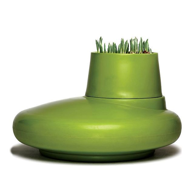 Land Ho! Art or furniture? Loving this seat planter combo!