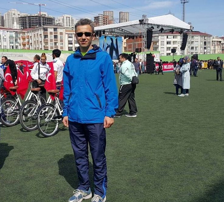 19 Mayıs Atatürk'ü Anma Gençlik ve Spor Bayramımız Kutlu Olsun... ⚽⚾��������⛳����������������⛹���������� #19mayıs #atatürk #bayram #kutlu #olsun #istanbul #ankara #izmir #türkiye #spor #sportif #tören #istiklalmarsi #kırmızıbeyaz #stadyum #yıldönümü #photography #fotoğraf #kadraj #genç #çocuk #okul #ögrenci #öğretmen #bedeneğitimi #instaday http://tipsrazzi.com/ipost/1517991382961113993/?code=BUQ_R7BgEuJ