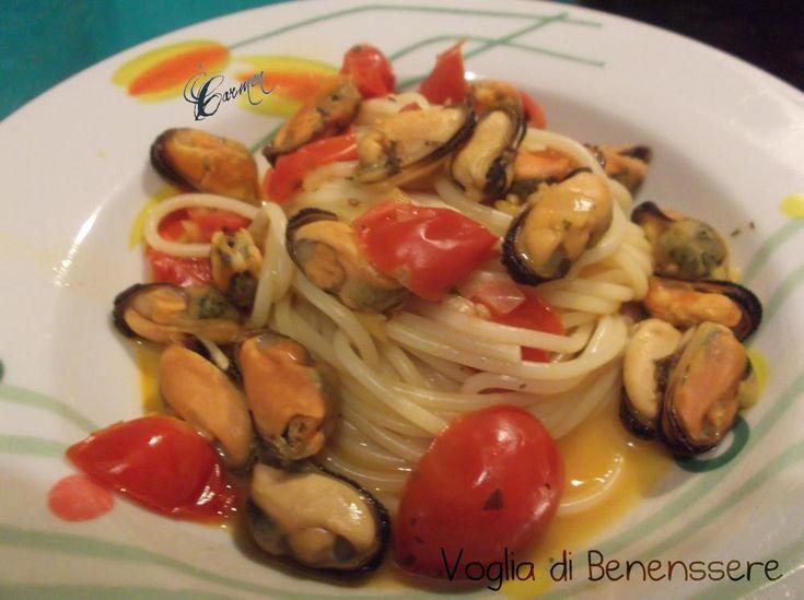 Spaghetti con cozze e pomodorini
