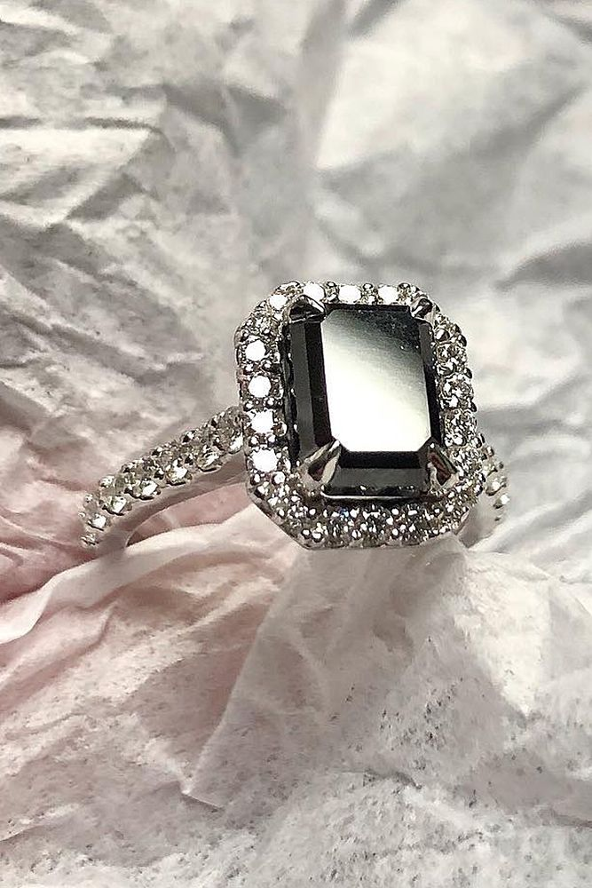 24 Unique Black Diamond Engagement Rings Black Diamond Ring Engagement Vintage Gold Engagement Rings Black Engagement Ring