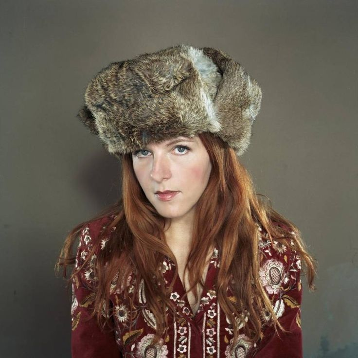 Singer-songwriter Neko Case takes the stage Nov. 17 at the Performing Arts Center in San Luis Obispo.