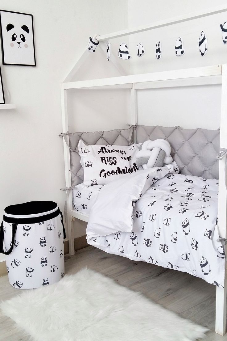 Happy Spaces Workshop You saved to Happy Spaces products Kids black and white bedding set to buy on Etsy - Happy Spaces - boys room ideas, scandinavian style, kids bed, toddler room idea
