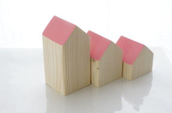 Hus  - 3 småhus Rosa