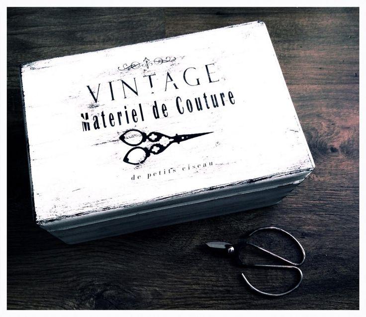 """Skrzynka """"Vintage"""" - Dwa Guziki - design dla Twojego domu. 100% hand made."""