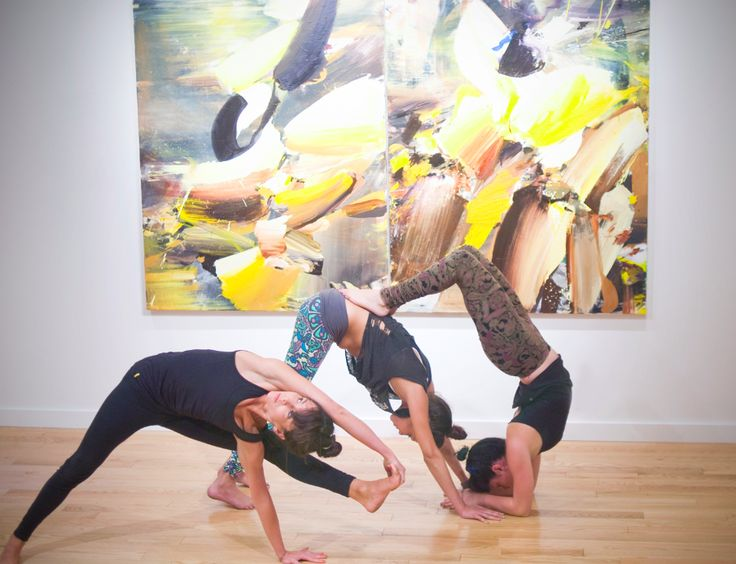 Pop Up Yoga in a Chelsea Art Gallery
