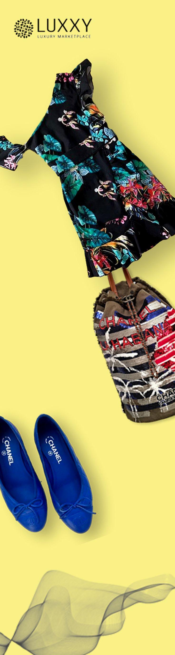 Ночь в тропиках на платье Imperial и рюкзаке Chanel. И как же приятно теплой ночью опустить ноги в море синих балеток Chanel  https://luxxy.com/ru/product/plata-imperial-593e98cf0c057/  https://luxxy.com/ru/product/rukzaki-chanel-593e6cd303fde/  https://luxxy.com/ru/product/baletki-chanel-5941a79e01beb/