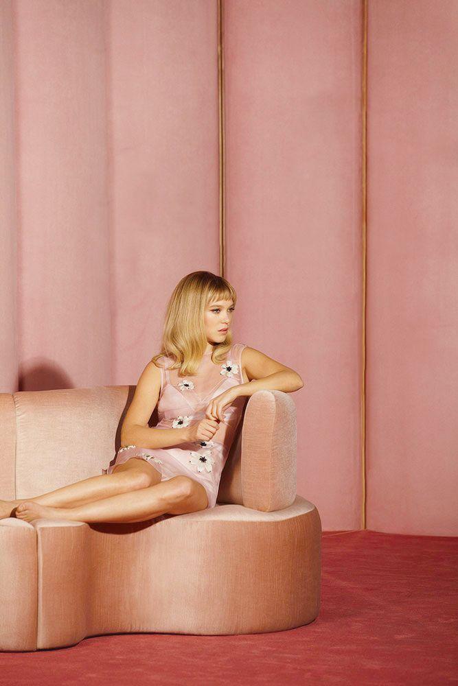 Léa Seydoux, '60s style.