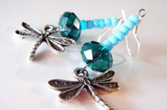 Earrings / dragon-fly