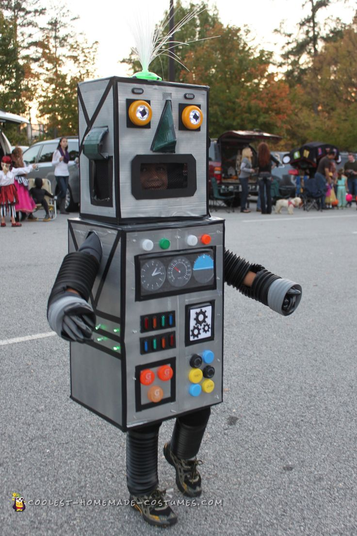 DIY Robot Costume that Lights Up!... Coolest Homemade Costumes