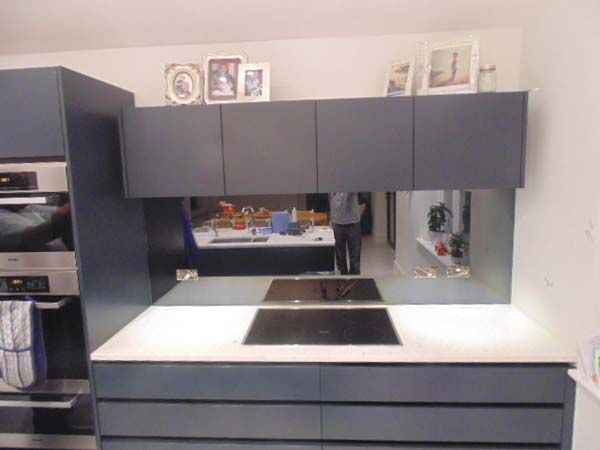 Black Toughened Mirrored Kitchen SPlashback