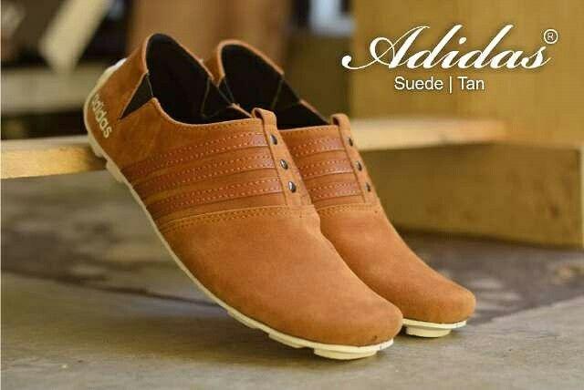 (FS)FashionStyle/(cd5)ShoesStyle : adidas slop, size 39 - 43 : 215  Line@ = http://line.me/ti/p/%40vkv0489v Tumblr = 7fashionstyle BBM = 582C8A84 (masuk grup PING!!!) FB = https://www.facebook.com/7fashionstyle/ WebSite = -  #fashion #style #pakaian #gaya #baju #kaos #kemeja #jaket #sweatter #singlet #catoon #fleece #parasut #adem #nyaman #celana #panjang #pendek #levis #cino #joger #sepatu #shoes #sandal #kulit #jamtangan #antiair #waterresistant #keren #cool #distro #tasgemblok #slempang…