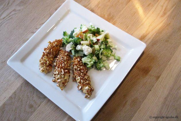 EGOSHE.dk - En madblog med South Beach opskrifter og andet godt...: Mandelkylling med grov salat