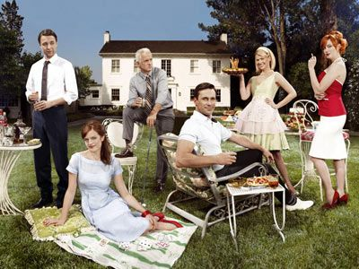Mad Men | MAD MEN (From left) Vincent Kartheiser, Elisabeth Moss, John Slattery, Jon Hamm, January Jones, and Christina Hendricks