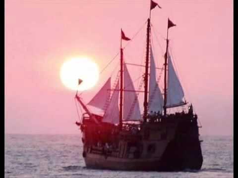 Bασίλης Παπακωνσταντίνου Ενα Καράβι Παλιό Σαπιοκάραβο