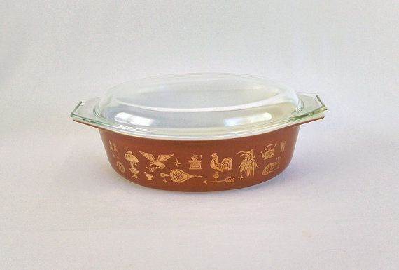 Pyrex Casserole Dish with Lid 2.5 Quart Early by ShaginyAndTil