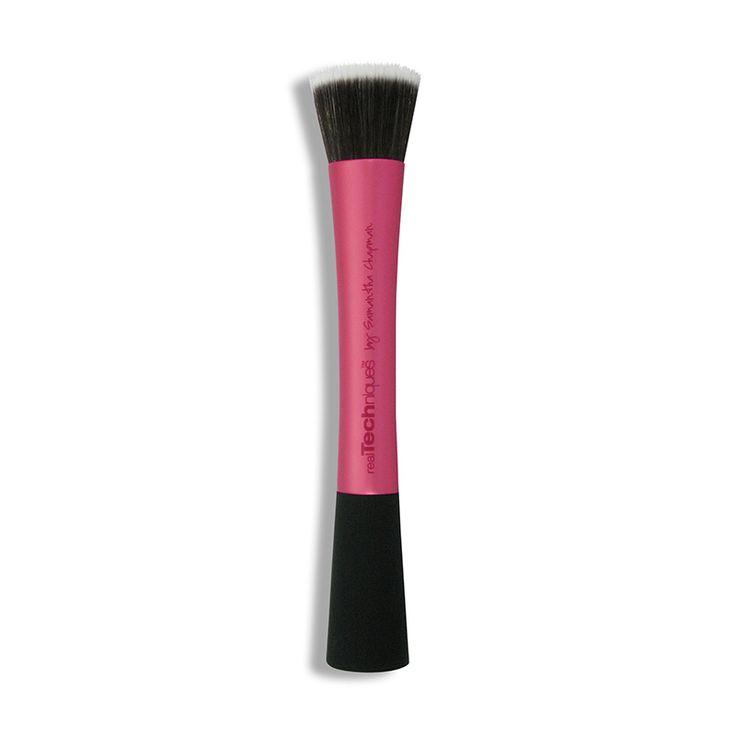 Pensula Machiaj realTechniques Stippling Brush doar pe http://www.makeup-shop.ro