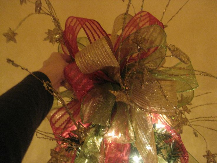 Kristen's Creations: How To Make A Tree Topper! (Bow