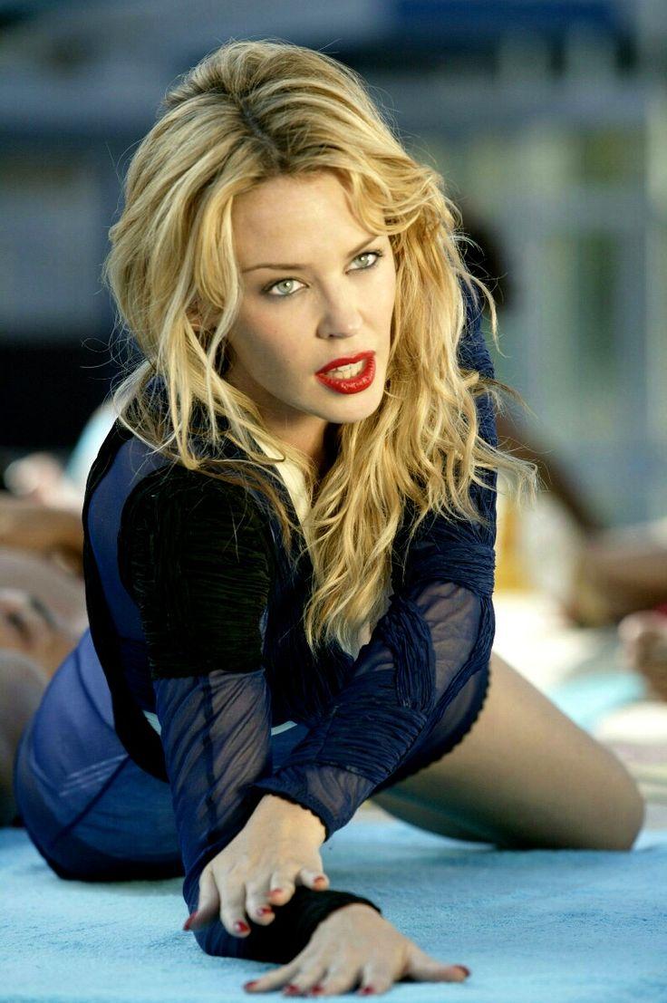 Music Video, Kylie Minogue-Slow