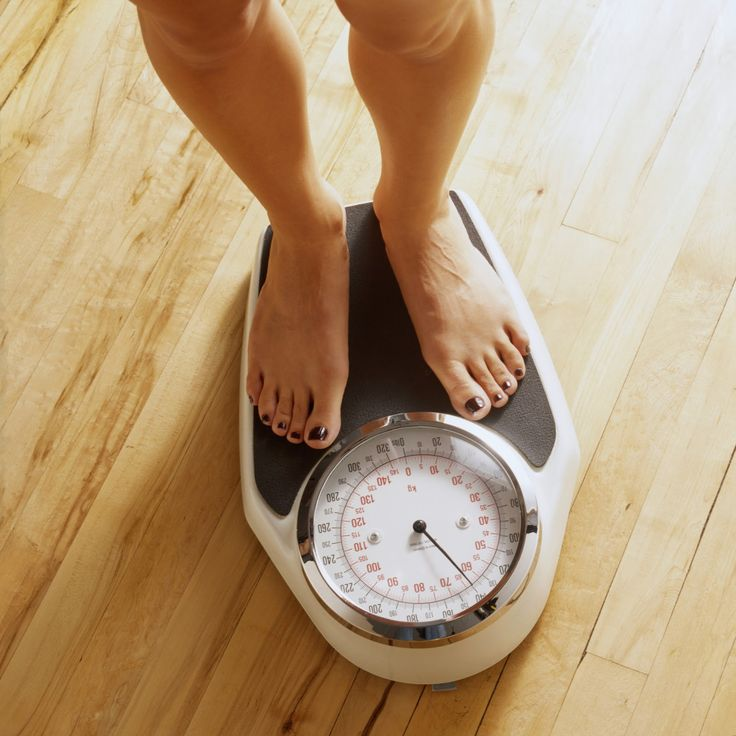 Kilo vermede sporun ve yürüyüşün önemini hepimiz biliriz.Diyetlerin yanında doğru olarak tatbik edilen bir yürüyüşten sonra kilo vermemenin imkanı yoktur.Hatta hatta doğru yürüyüşle diyet yapmadan 4 hafta gibi kısa bir sürede 4.5 kiloyu rahatlıkla verebilirsiniz. Doğru yürüyüş nasıl mı olur ? Yürüyüşün en önemli unsuru rahat olabilmektir.Yürüyüş esnasında rahat olabilirsek vücudumuzun ağırlığını belli bir noktaya…