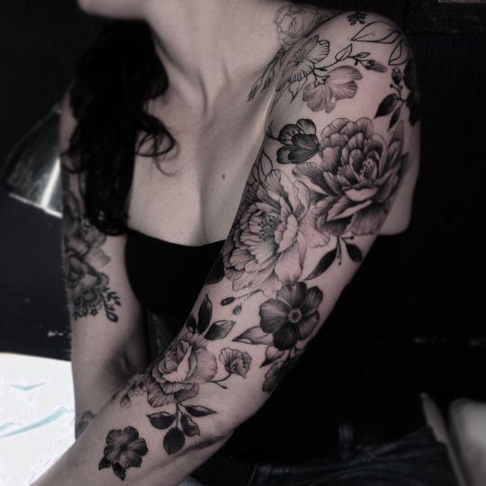 tattoo by dodie k rperschmuck pinterest tattoo vorlagen tattoo ideen und tattoos f r frauen. Black Bedroom Furniture Sets. Home Design Ideas