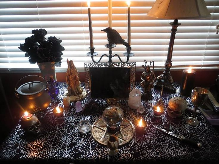 Samhain's Sirens: October 31: A Blessed Samhain and Happy Halloween -  Pinned by The Mystic's Emporium on Etsy