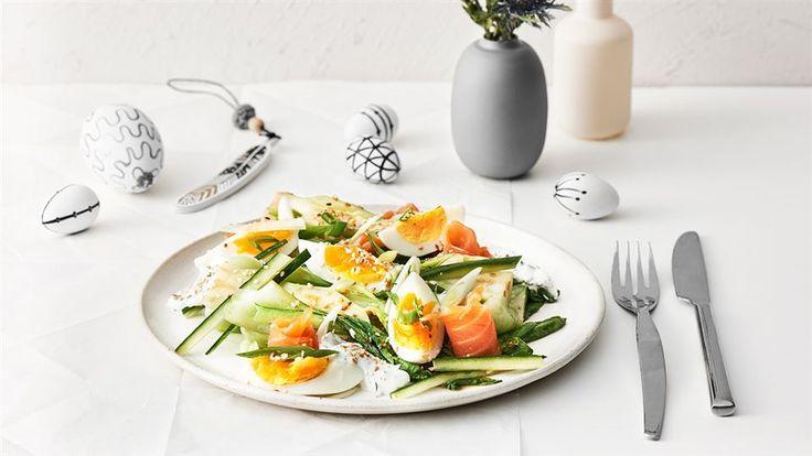 Nie wiesz, jak przygotować kapustę pak choi? Zajrzyj do Kuchni Lidla, gdzie Daria Ładocha przygotowała przepis na pak choi z jajkiem i łososiem!