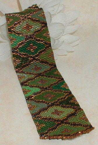 Harlequin Green Peyote Cuff Pattern PDF