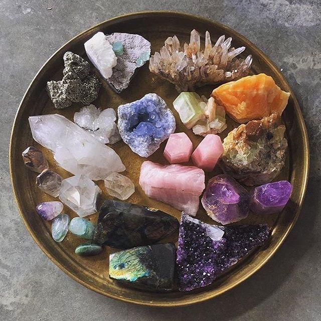 Feeling those crystal vibes. (via @mindbodygreen)