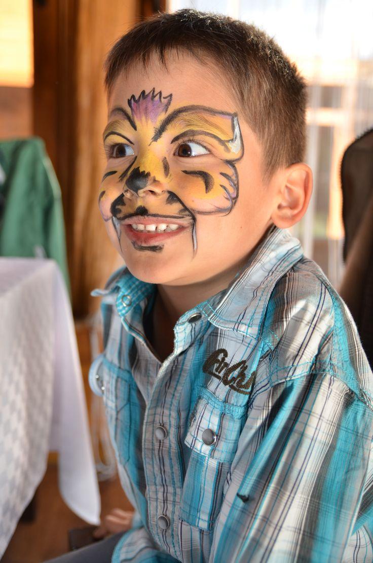 Facepainting tigru - Animatori petreceri copii în Alba Iulia. Clowni, printese, Elsa, Spiderman, Batman, facepainting (pictura pe fata)  http://pingsipong.ro/animatori-petreceri/