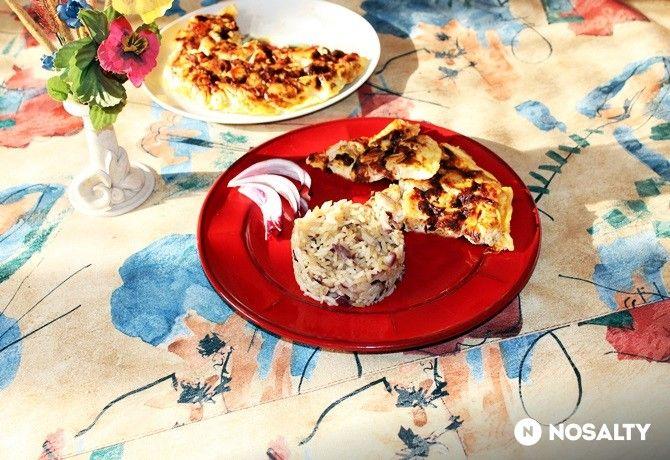 NOSALTY: ~~ Tojáslepényben sült csirkemell lilahagymás-rizzsel