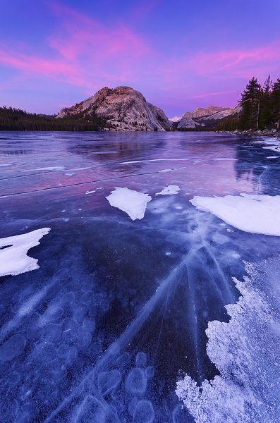 Tenaya Lake in Yosemite NP, California