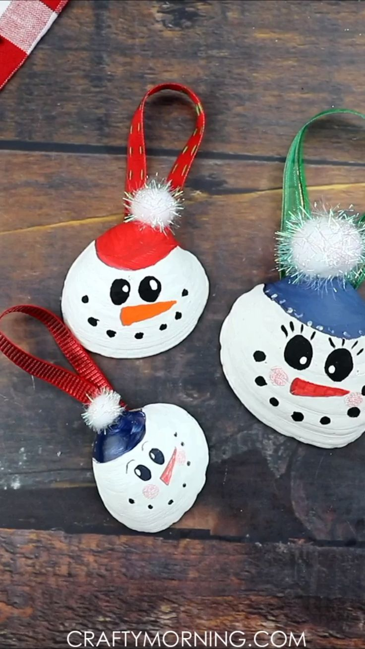 Snowman Seashell Ornaments Fun Christmas Craft For The Kids To Make And Decorate Homemade Diy Orname Christmas Diy Christmas Crafts Christmas Ornament Crafts
