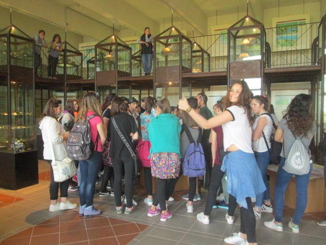 Un gruppo delle scuole superiori in prov di Torino in visita al #MuseoRioElba, primavera 2016