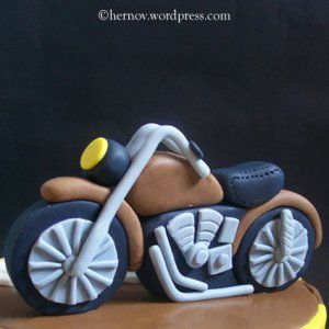 motorcycle cake Awesome except for shower not bday.