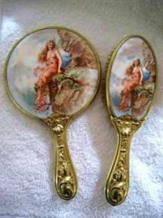 brush and hand mirror set..this one is beautiful