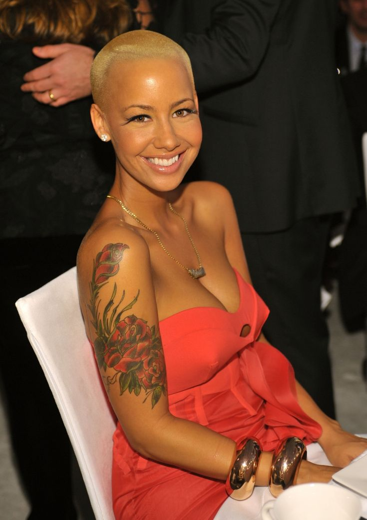 Amber Rose ...... At the age of 19, Rose supported herself by working as a stripper at Sue's Rendezvous in Mount Vernon, in Westchester