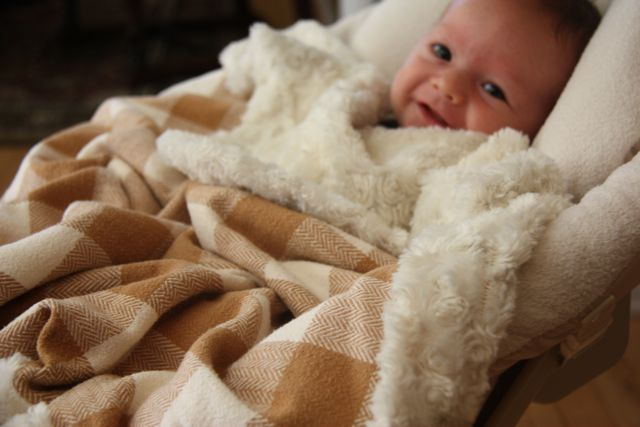 Using husband's old flannel shirt and minky fabric to make a cozy baby boy blanket. (tutorial)