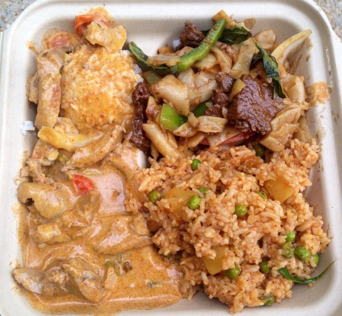 Beef Drunken Noodles, Pineapple Fried Rice and Duck Red Curry from Fojol Brothers - the best Thai food you could get from a food truck, or maybe even a restaurant | via BetterThanRamen.net