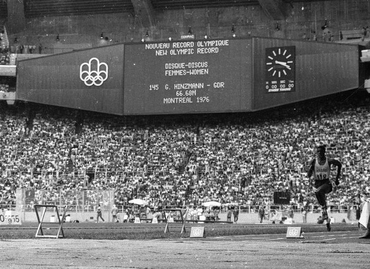 Ouro no salto em distância e ouro, com récorde mundial, no salto triplo no Pan de Cidade do México 75, João do Pulo inicia a prova do triplo em Montreal 76