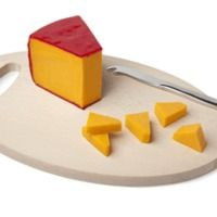 Ever wonder how many types of cheese there are.   Here is a comprehensive list of the types of cheeses available in grocery stores.