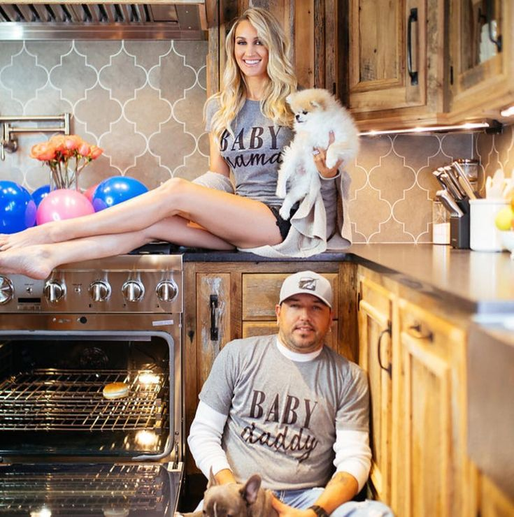 Jason Aldean's Wife Brittany Kerr Is Pregnant With Couple's First Child - Us Weekly