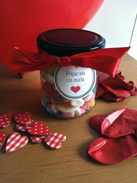 ♥ ♥ ♥ ♥ ♥ ♥ ♥ ♥ Tarro de gominolas :D Etiqueta para descargar GRATIS  #descargables #descargar #diseño #etiquetas #gratis #imprimir #regalos #sanvalentín