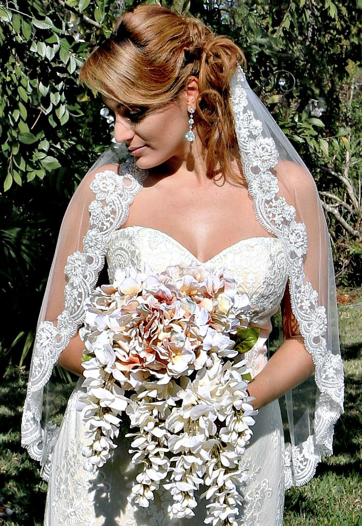 2729 best brides then now images on pinterest retro for Wedding dress stores orlando fl