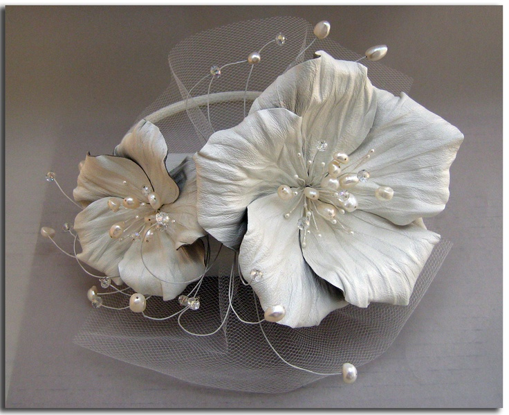 Bridal fascinator with leather flowers