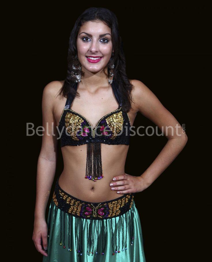 Vestito nero e oro trucco tribale
