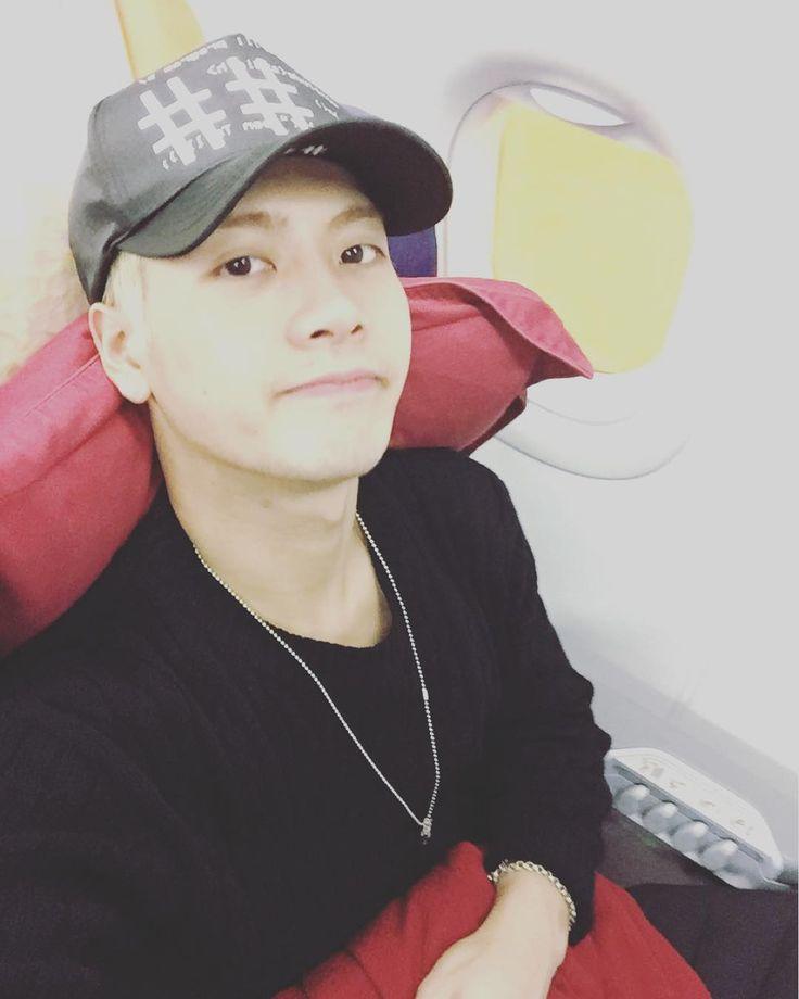 Xem ảnh này của @jacksonwang852g7 trên Instagram • 245.3k lượt thích