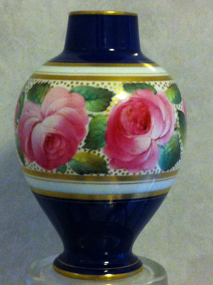Royal Worcester Vase handpainted and signed by George Cole (1907)