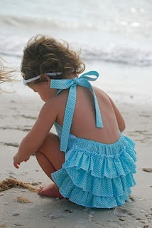 love love love -- want to make for M: So Cute, Vintage Looks, Beaches Outfit, Ruffles Sunsuit, Giggl Boxes, Vintage Girls Clothing, Vintage Beaches, Baby Clothing, Beaches Baby