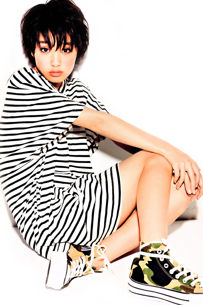 a-bathing-ape-2012-ladies-summer-collection-featuring-ayame-gouriki-6