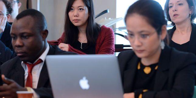 L'Ecole nationale d'administration propose pour la première fois aux étudiants une session innovation en partenariat avec l'ENSCI. Objectif : repenser et renouveler les méthodes pour améliorer l'action publique.